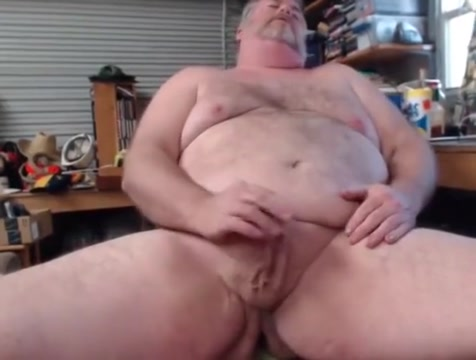 Daddy playing with his cock Sqirting orgasm at xvideo