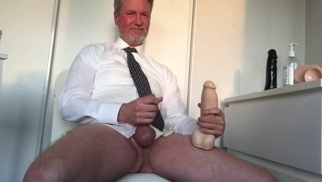 Camshow and cum! Erotic stories of hormones