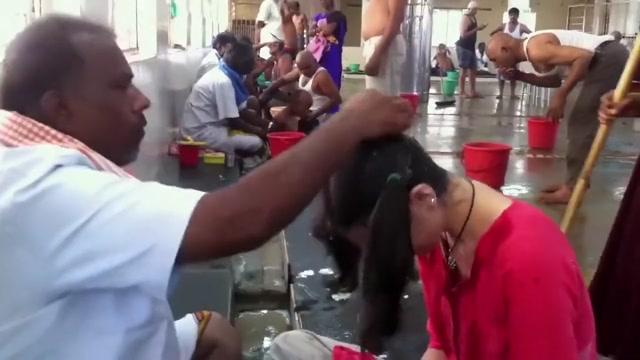 Russian woman headshave at Tirupati Ebony busty nude woman gifs