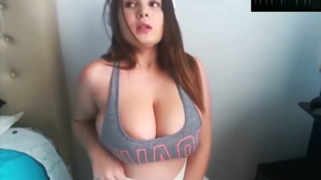 Huge lactating tits of gamer girl Casino regina show lounge shows