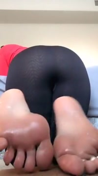 Sexy Ass Swaying dating site with no sign up