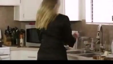 Mom Sucks in the Kitchen Short upskirt to mature
