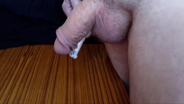 Cock cumshot with electric toothbrush Homegrown milf porn