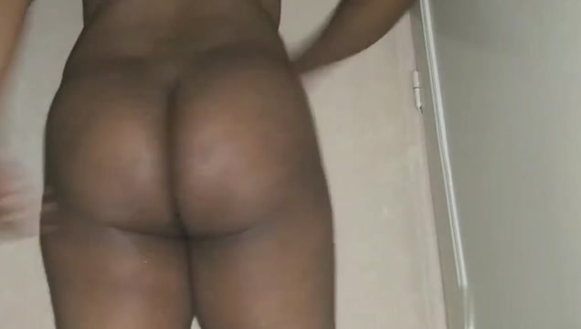 Gay have a sexy butt & fuck it & show small cock &finger ass 80 s porn milf