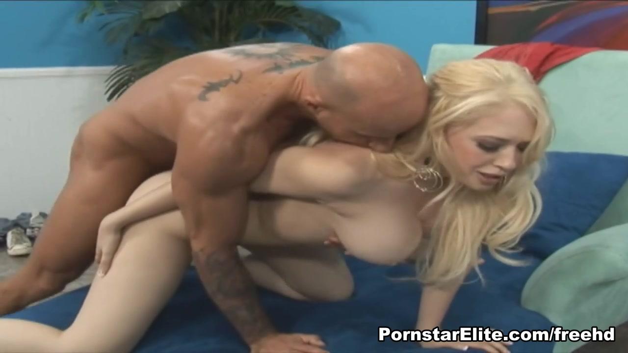 PornstarElite Video: Kagney Lynn Carter Beach nude girl happy