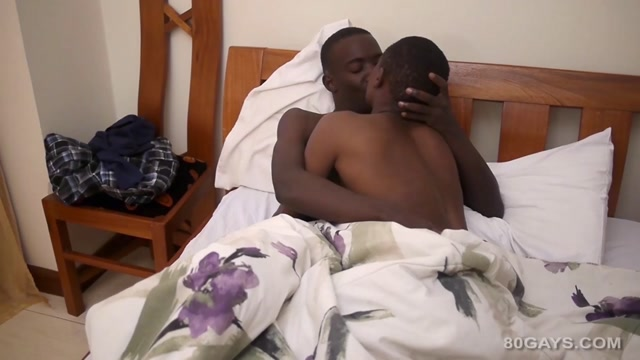 Fynn and Addae - 80Gays How to make her fuck position