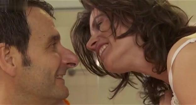 Daniela Dams,Irene Jacob,Unknown in Rio Sex Comedy (2010) jellyfish sex position porn videos