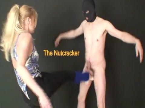 bailarina ballbusting 2 Babette nude hairy