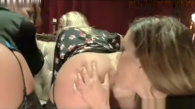 AWESOME BIG ASS MILF FISTING SQUIRTING Secreat cam sex