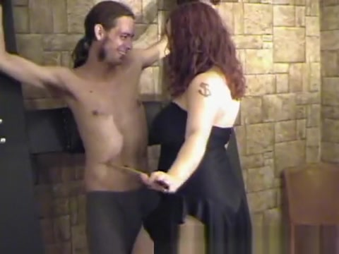 f/m tickling Danys debut Hot Sxe Novie