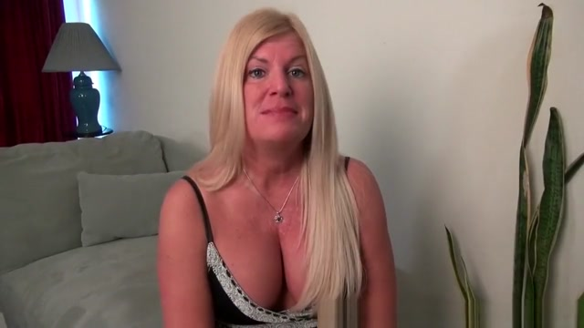 American milf Blake gives her shaven pussy a workout with her fingers big cock sex co