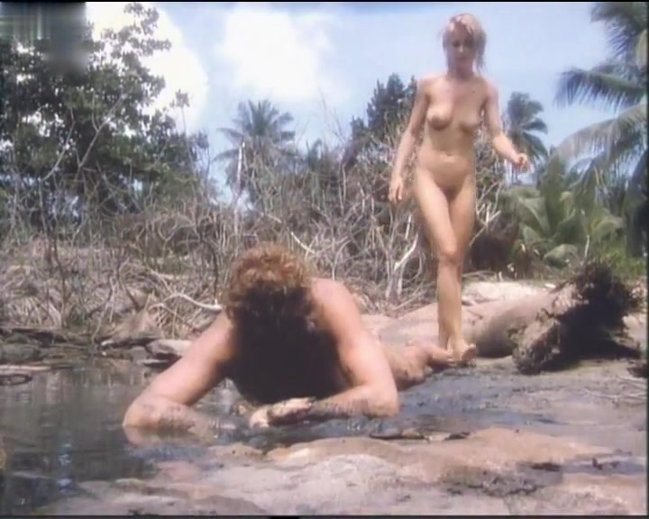 Amanda Donohoe in Castaway (1986) Beautiful busty blonde BBW loves