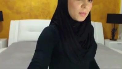 Arab Muslim hijab cute girl leah luv strapon xnxx