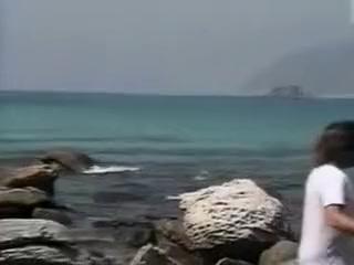 Mec barbu baise une thailandaise au bord de la mer Hot girls with big boobs lesbian