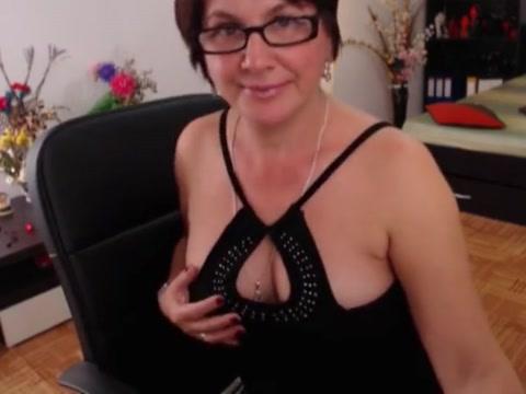 Hot mature cam private strip