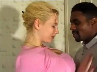 Un papa qui baise sa fille avec son gendre