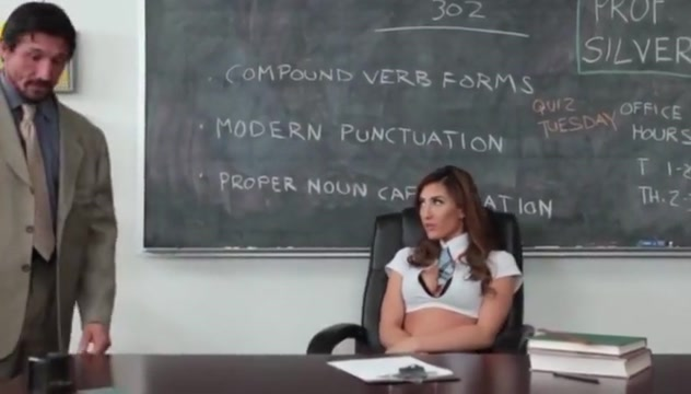 Slutty Schoolgirl Fucks Teacher Jeune fille nudiste nue