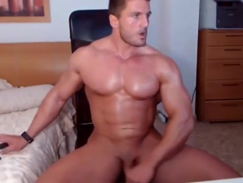 Jacked stud fires up his webcam for a jerk show Girl faking orgasm