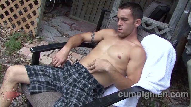 Brett Blizard and Kameron Scott - CumPigMen Megan summers masturbates