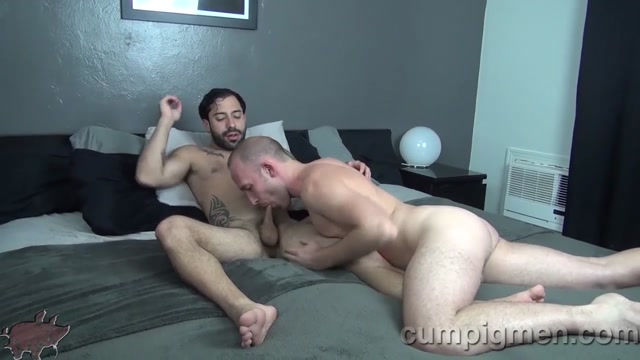 Trit Tyler Blows Nick Cross - CumPigMen Hot all nature blond milf