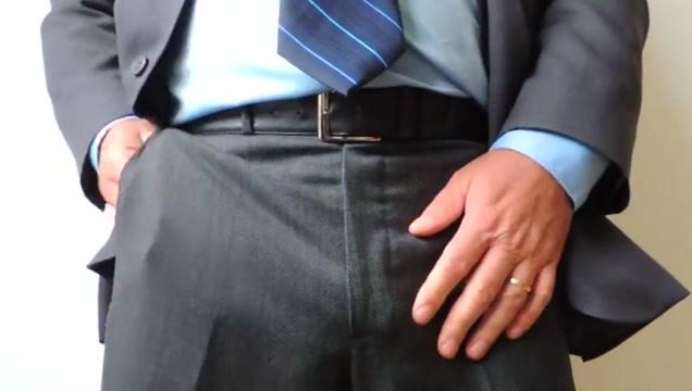 Me DaDDyBigBEAR Boss In Suit Cumshot Slut in Sarmiento