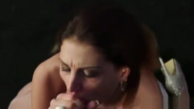 Peculiar Idol Gets Cum Shot On Her Face Swallowing All The L kiya linn black cock