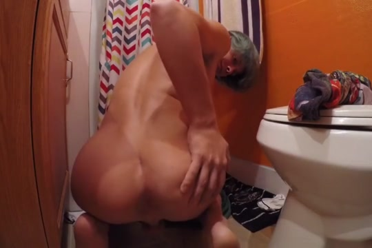 TEEN GAPES ASSHOLE WITH GLASS TOYS AND CUMS old woman porn video trailers