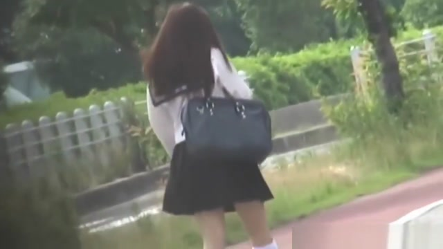 Asian Student Rubs Cunt models in tranny chaser video