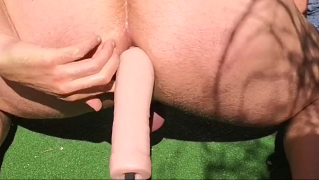 Fucking my ass outdoor in the garden black mature bbw threesomes
