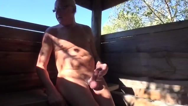 27.09. Auf dem Hochsitz Black Bred Wife Porn Videos