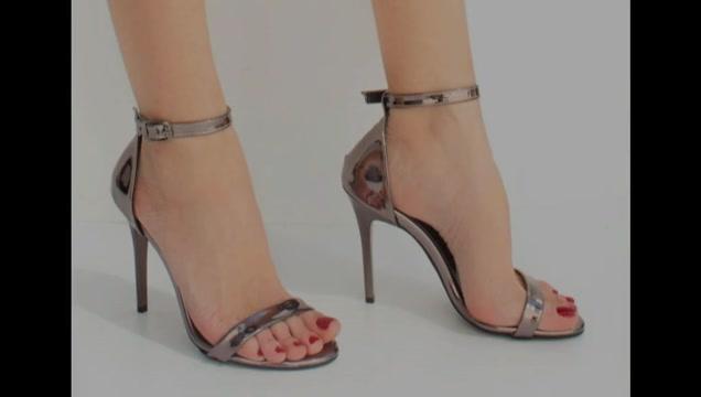 Fucking 2 pretty sexy high heel sandals until cumming Lesbian air stewardesses