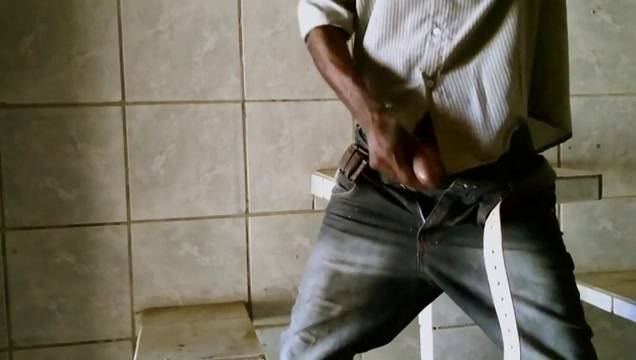 Hairy Latino Bigcock Grandpa Fucks in Public Urinals Who is leah from apprentice hookup