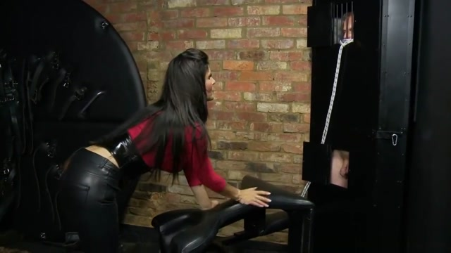DominatrixAnnabelle 6. Being Penetreted By Her Slave Rose taytanic porn