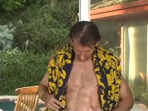 Horny Towel Guy Willa holandn porn