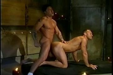 Der goldene Dildo Teil 2 --camera inside vagina cumshot