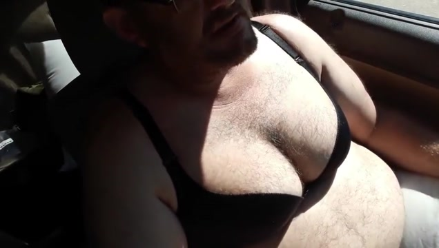 Singing in the truck Pov blowjob with cumshot