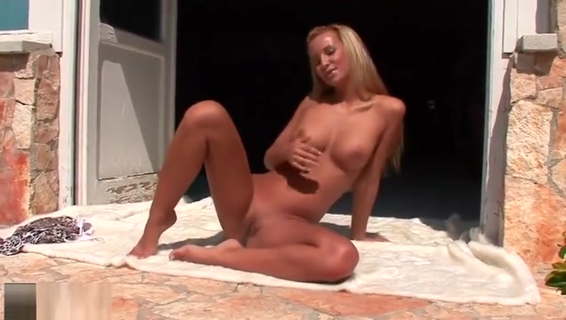 Amazing trimmed young girl Franciska haning an incredible masturbation outside 90 s black pornstars