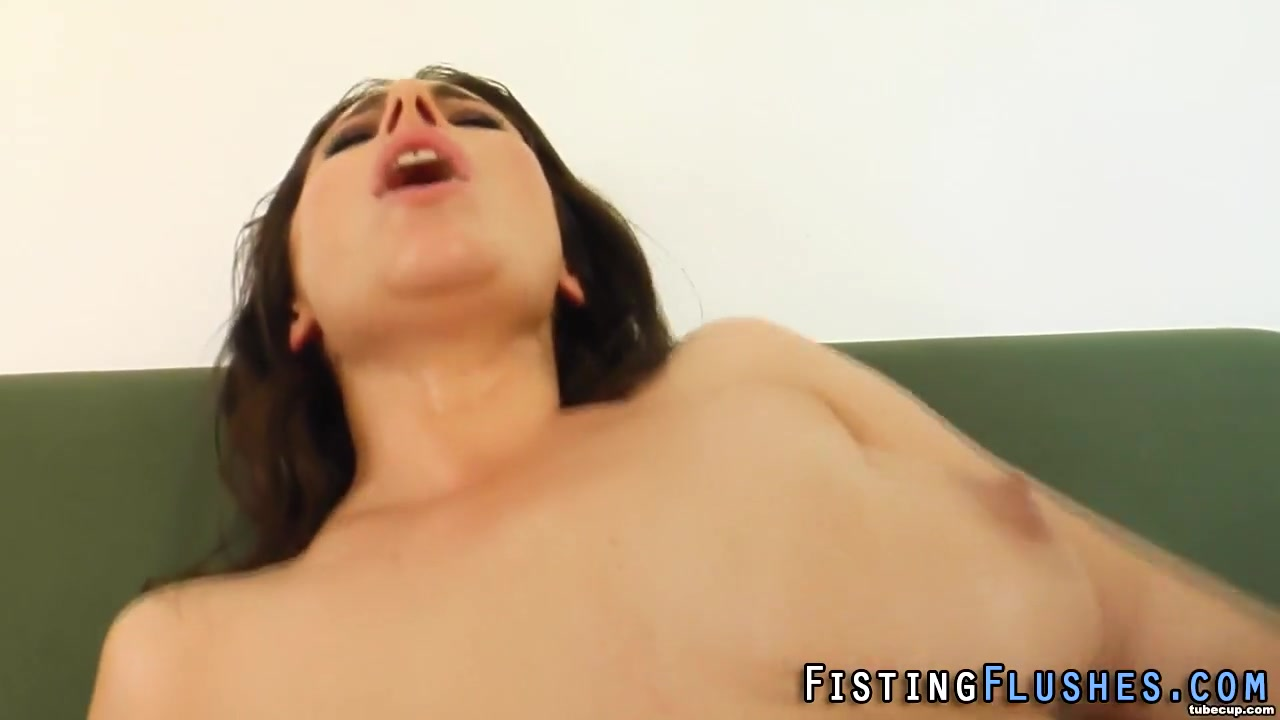Fisting lesbo cunt finger Women flashing sex videos