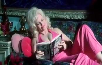 Mature Vixen Dancing Big blonde tits cam compilatuon