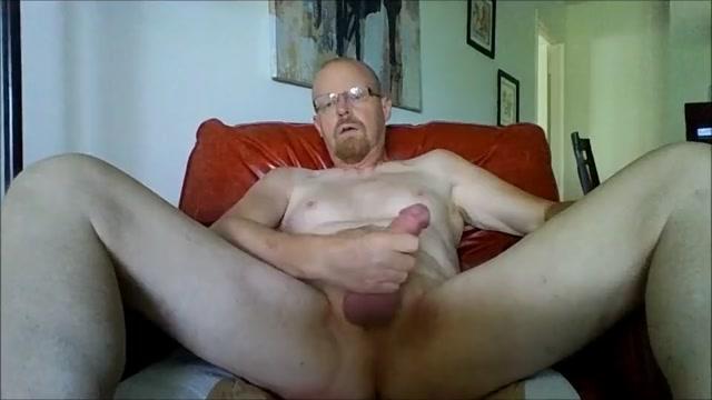 Exposed Faggot Popper Whore Why do women show their boobs