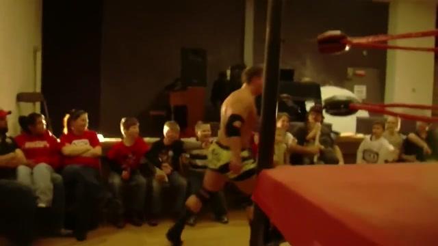 Hot Wrestling Men: Moore vs Brandon Nude pic of christy math