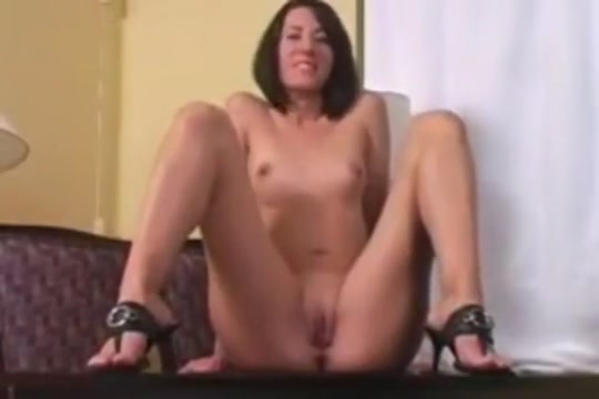 lips joi Naked girl with sexy legs and feet getting fucked