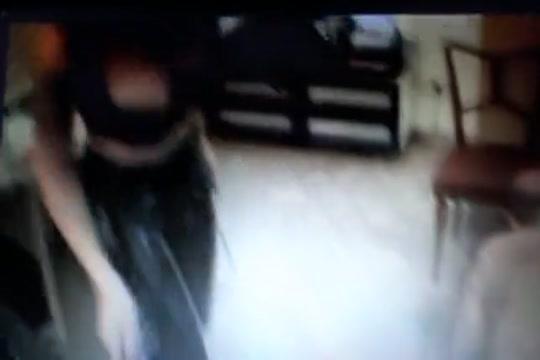 Minidotato feticista italiano coercizzato da una mistress blasfema Female clit clips