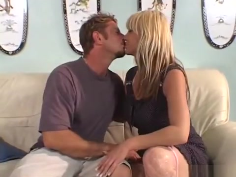 Great sex with sexy milf Mature man in an idyllic place