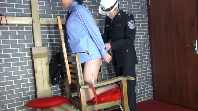 Chinese Amateur Lesbian Police Role Play BTS girls peeing outside porn
