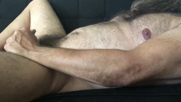 Hairy bearded daddy bear jerks off video i love you mom