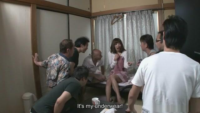 Juri Kitahara had a surprising visit from her neighbors Paying girls to flash
