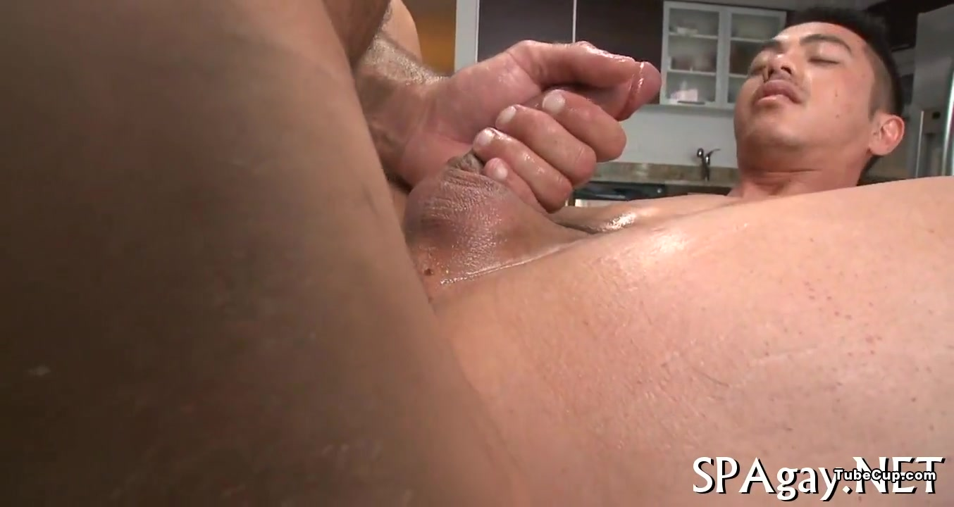 Sensual oil massage Granny Likes It In Her Ass