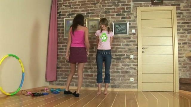 Lesbiansportvideos Sleeping Sex Sister Rap Romantic