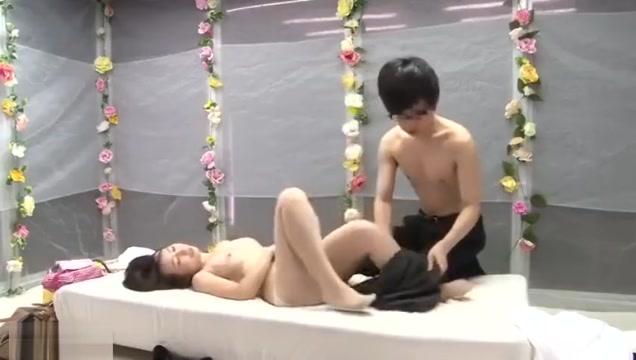 ueox_110058 Fake naked annasophia robb xxx